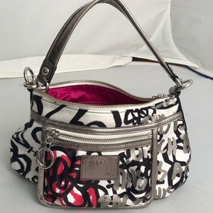 Coach Limited Edition Graffiti Flower Groovy hobo